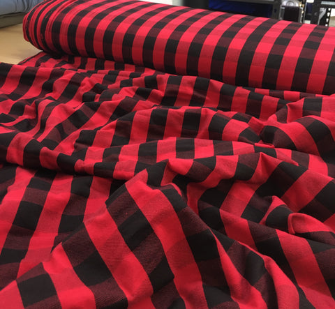 Buffalo plaid rouge et noir jersey « restocking 1er avril »