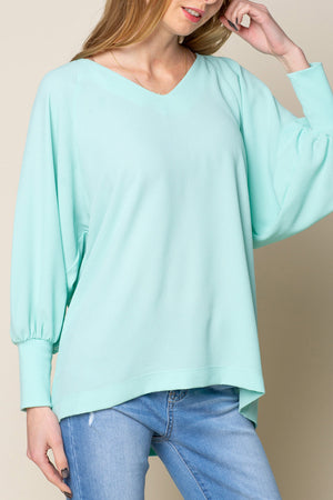 VOLUME SLEEVE V NECK TOP