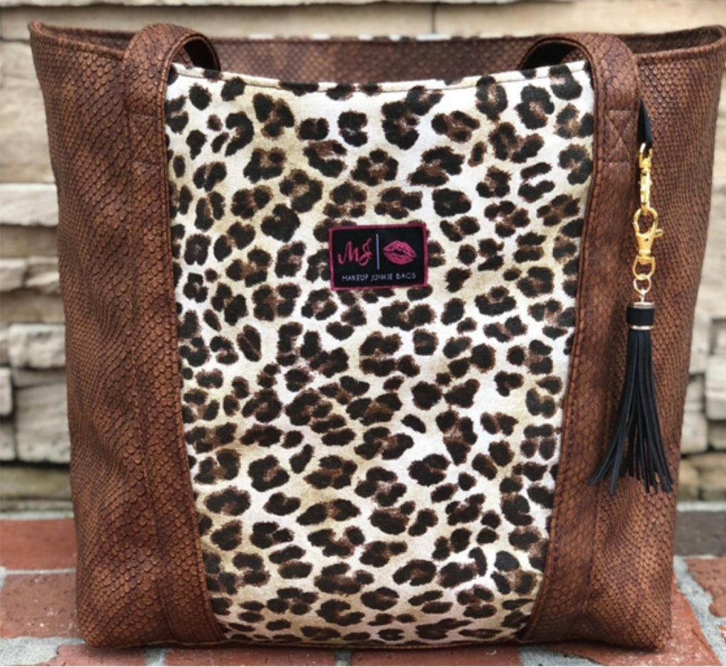 Makeup Junkie Savannah Tote