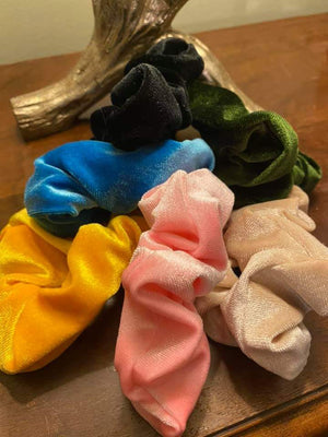 Velvet Secret Pocket Scrunchies Set