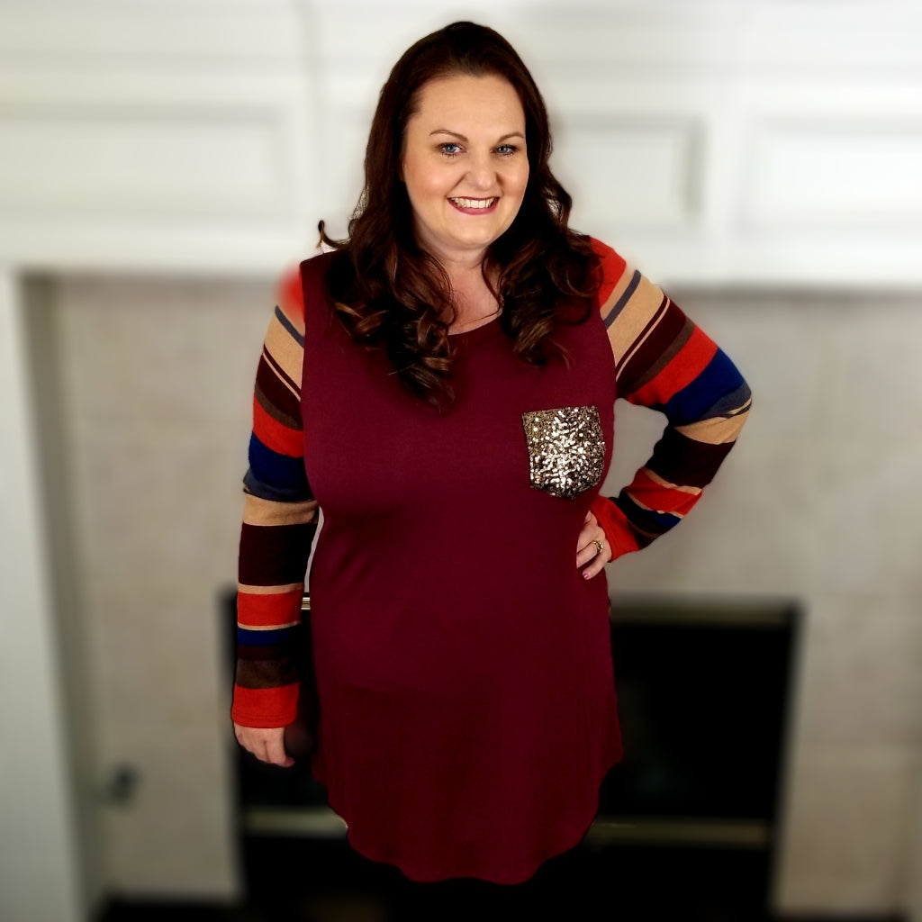Tee with Glitter Pocket and Striped Sleeve (Burgundy)