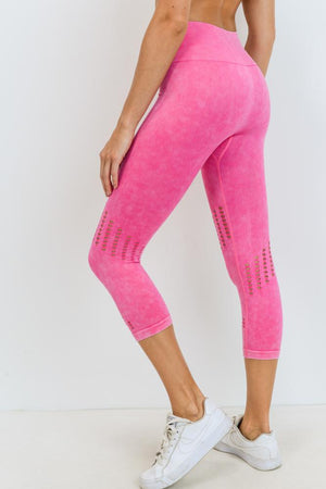 Seamless Mineral Wash Perforated Capri Highwaist Leggings