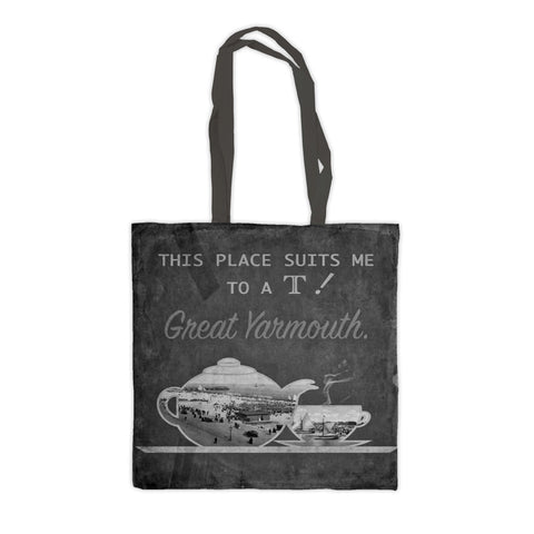 Great Yarmouth suits me to a T! Premium Tote Bag