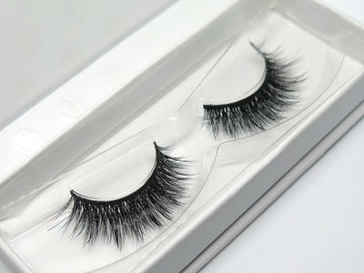 "LONDON LASH GLAM ""CARRIE"" LASHES"
