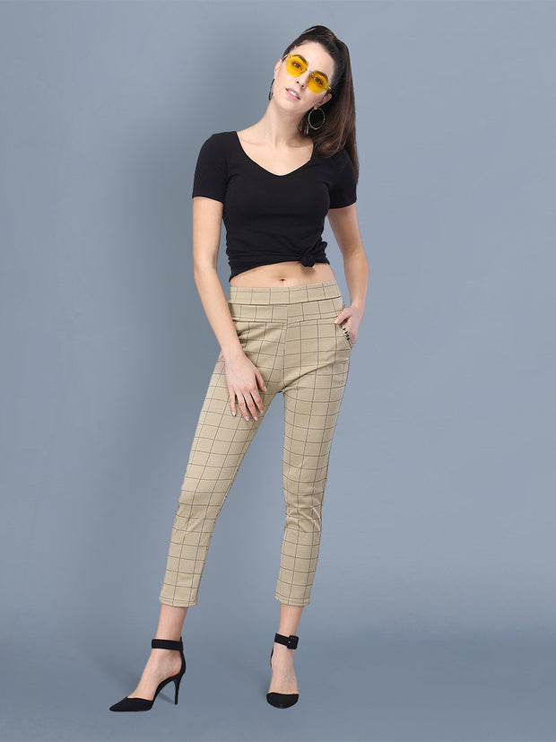 checkered track  pants women's outfit