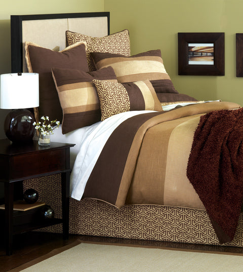 Le Monde Graphic Bedset in Brown (Super Queen)
