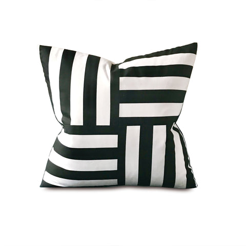 "20"" x 20"" Black & White Key Port Decorative Pillow Cover"
