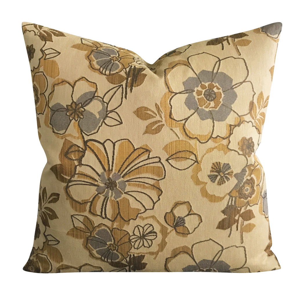 "22"" x 22"" Metallic Woven Floral Decorative Pillow Cover"