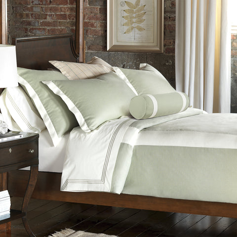 Beverly Linen Bedset in Light Green (Super Queen)