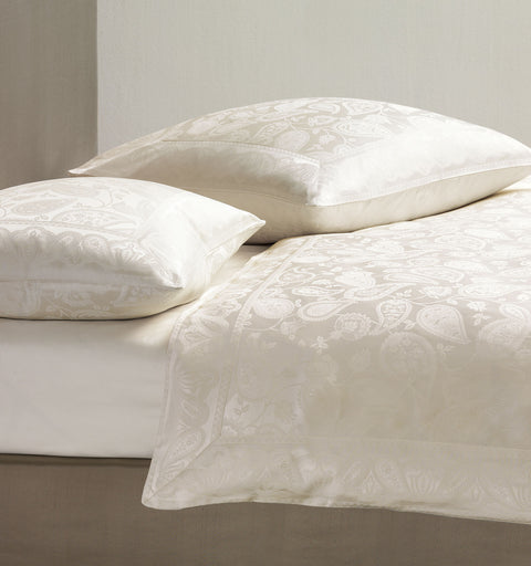 Georgette Ivory Jacquard Duvet Cover