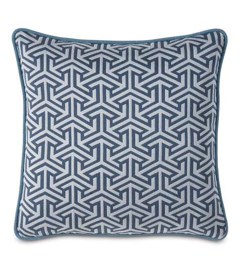 "Le Monde Graphic Weave Decorative Pillow in Blue 18"" x 18"""