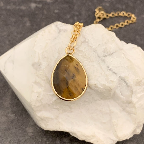 Teardrop Tigers Eye or Howlite Gold Necklaces