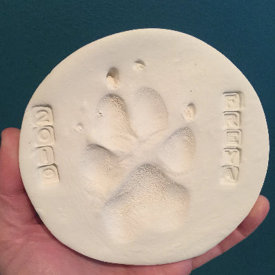EXCLUSIVE Large Paw Print Keychain