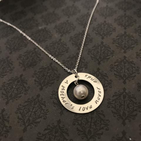 A Mother's love never ends washer necklace