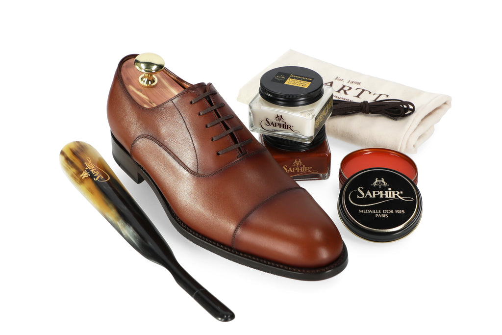 Brown Hartt Leather Shoe with Saphir Shoe Care Cream