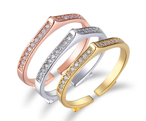 Contour, Tri-Tone Gold, Stackable