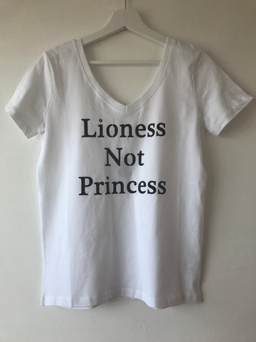 Reversible LIONESS NOT PRINCESS™ tee - Lioness Not Princess