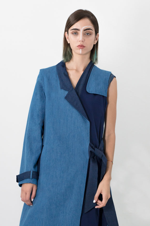 Color blocked trench coat with boro back