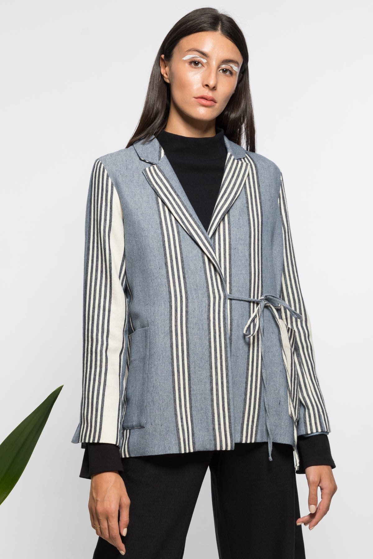 Moon light wrap blazer