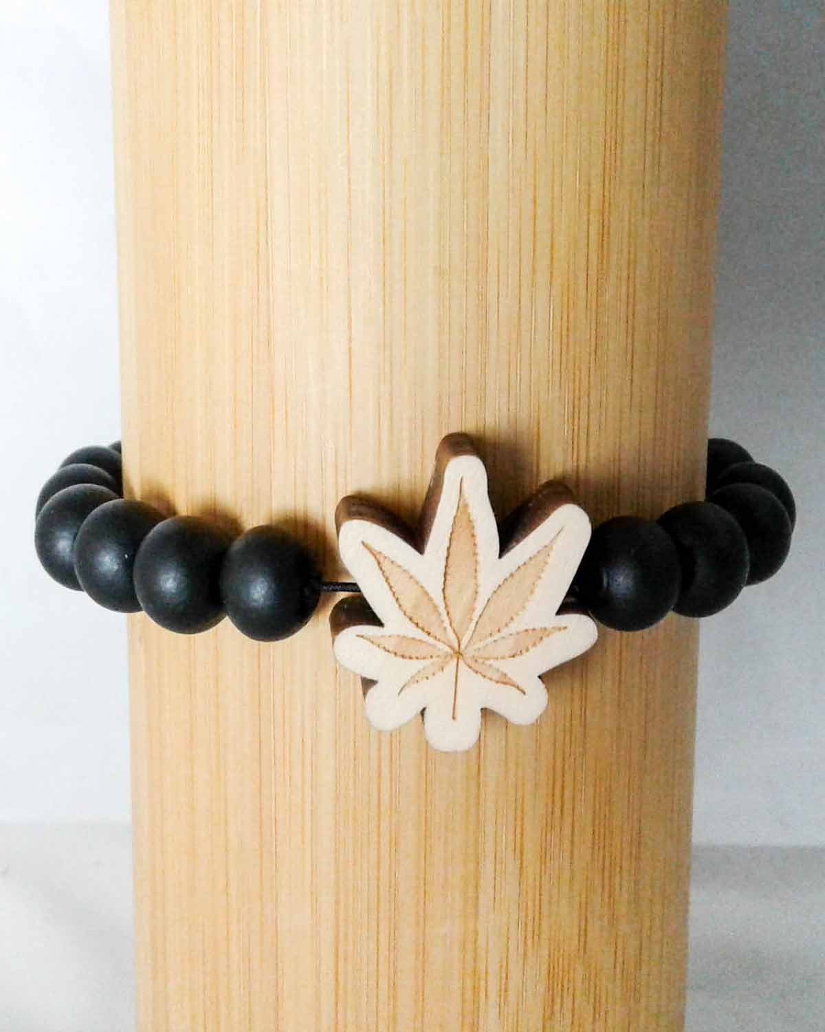 black wood bead pot leaf stretch bracelet