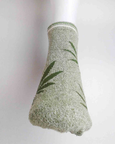 Light Green Cannabis Leaf Crew Socks