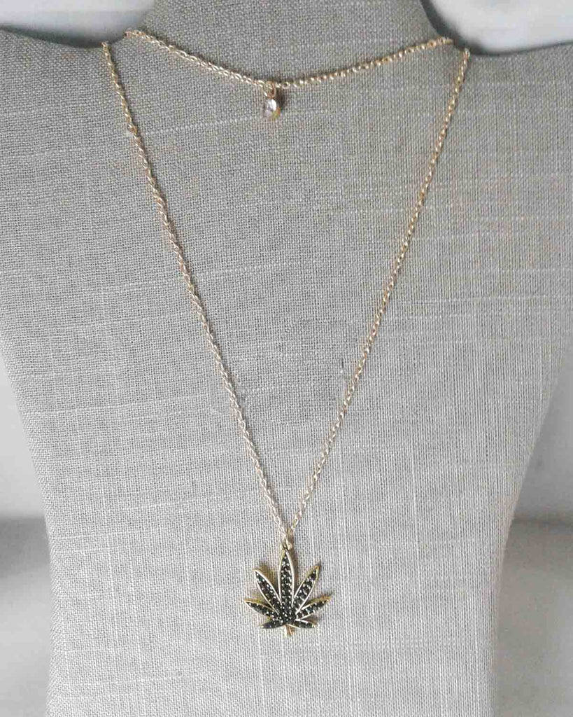 Double Layer Green Pot Leaf Pendant