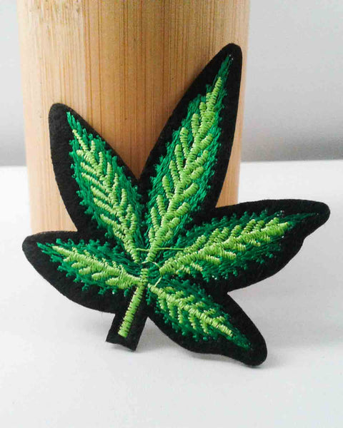 Small Green Pot Leaf Patch