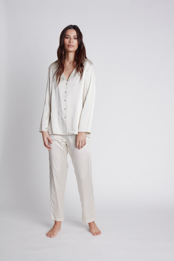NILETA Silk pajamas sleepwear long sleeve button up