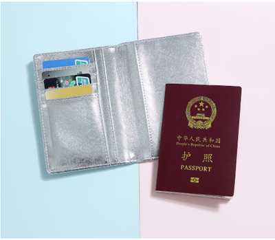 BENTOY HOLOGRAPHIC PASSPORT HOLDER - Pamperpal