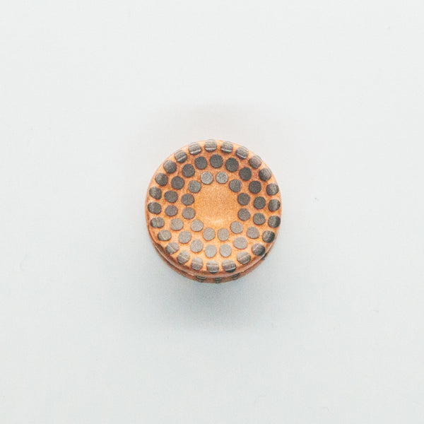 Torqbar® Deep Dish Super Conductor Button