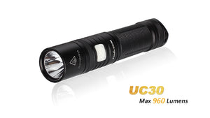 FENIX UC30 2017 960 LUMEN MICRO USB CHARGING 18650 OR CR123 COMPACT FLASHLIGHT.