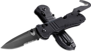 BENCHMADE 917SBK TRIAGE AXIS LOCK CPM-S30V BLADE STEEL COMBO EDGE FOLDING KNIFE.