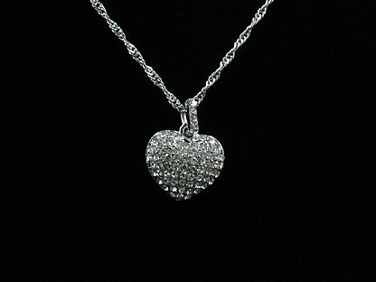 Diamond Heart Clavicle