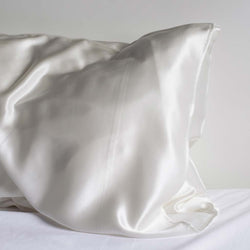 Moonlit Skincare White Ivory Cloud 9 Silk Pillowcase