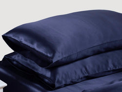 Moonlit Skincare - Cloud 9 Silk Pillowcase (Night-Sky Navy)