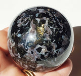 Mystic Merlinite / Indigo Gabbro Sphere 55 mm - Energy Peace Shop