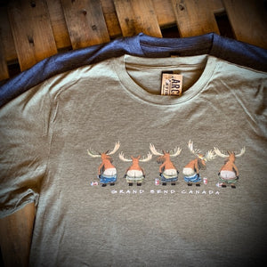 Grand Bend Souvenir Mooning Moose Short Sleeve Tee