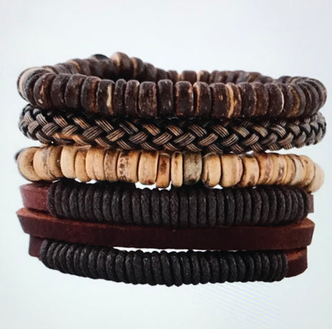 (J)- Vintage shells and leather bracelet