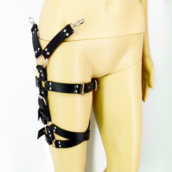 Gothic O-Ring & Buckles Adjustable Leg Harness