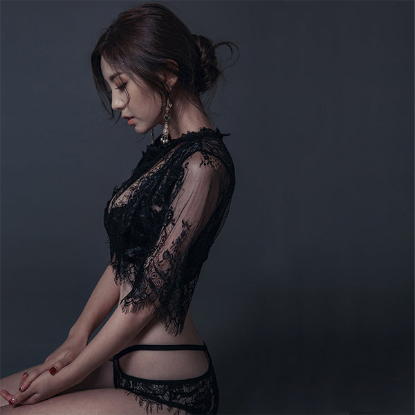 Gothic Lace Temptation Two Piece Lingerie Set