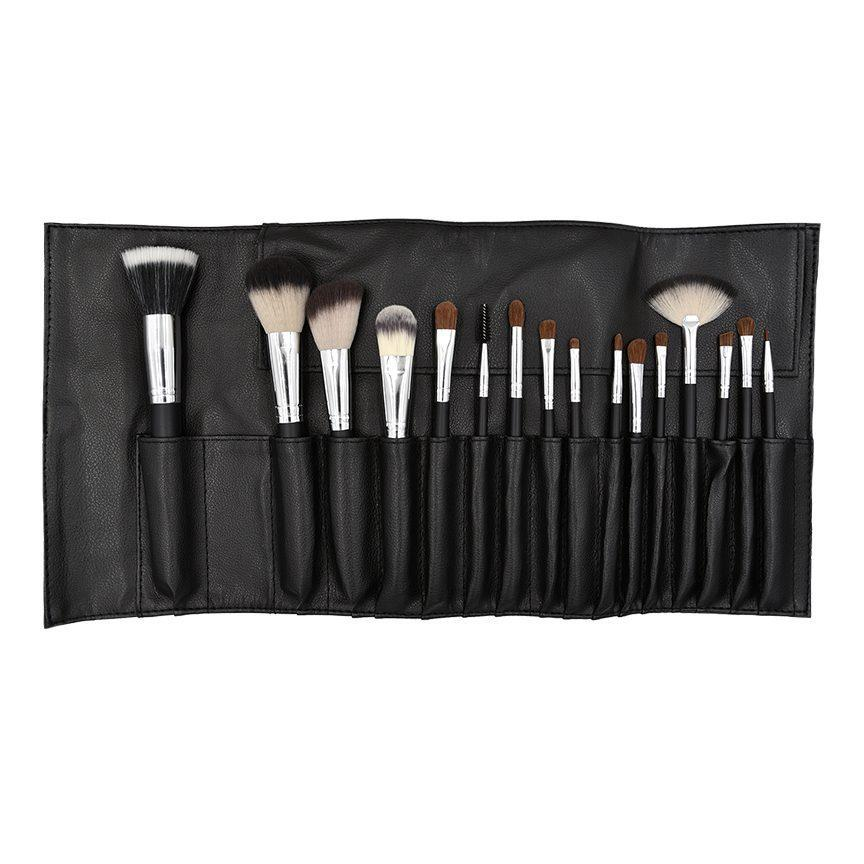 Make Up Brush Set - The Organic Facialist