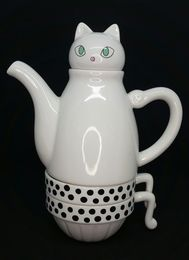 Tea For Two - White Cat teapot