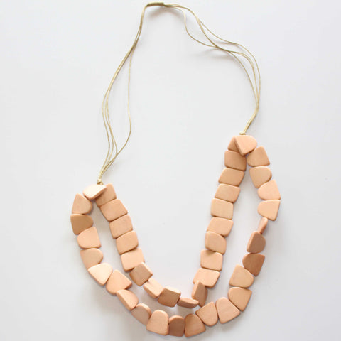 DYED WOOD NECKLACE