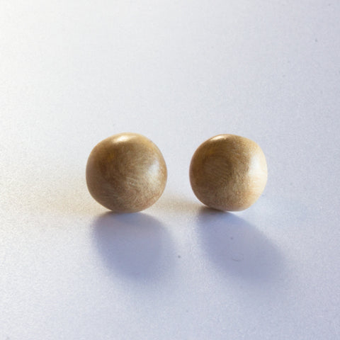 NATURAL WOOD DOME EARRINGS