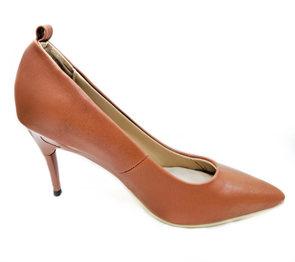 *NEW Brown Pumps - GENAsg