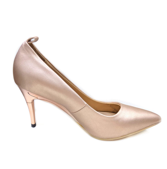 *NEW Champagne Pumps - GENAsg