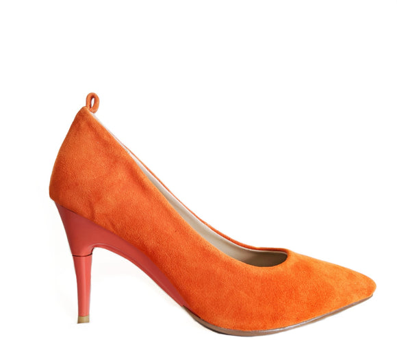 *NEW Suede Orange Pumps - GENAsg