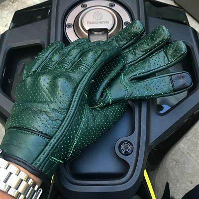 green cafe racer gloves