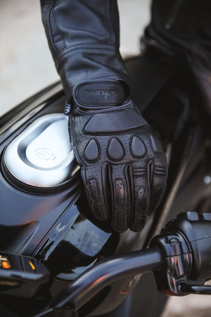 Black Cafe Racer summer gloves
