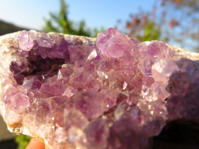 4 Natural zululand amethyst geodes - Top Rocks